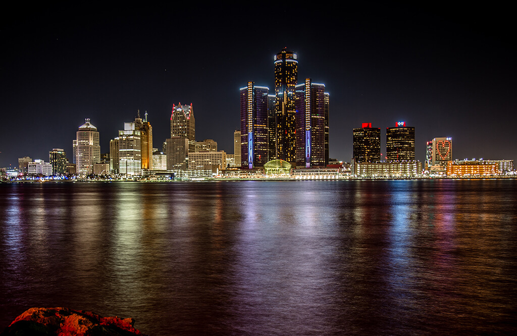 Detroit Skyline. Things to do at Detroit Casinos if you aren't gambling.